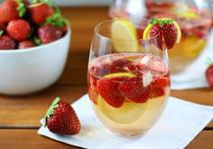 The Kitchen is My Playground: Fresh Strawberry Sangria