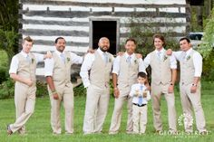 Love these khaki suits! So perfect for a fall wedding.