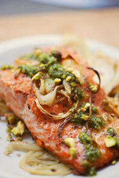 salmon with pistachio pesto and roasted fennel