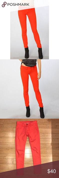 Blank NYC Size 25 Fiery Red Spray On Jeans Blank NYC Fiery Red Spray On Jeans Size: 25 Color: Red with Orange Undertones Fit true to size. Skinny jean! Very cute fit and in perfect condition, like-new 98% Cotton Blank NYC Jeans Skinny