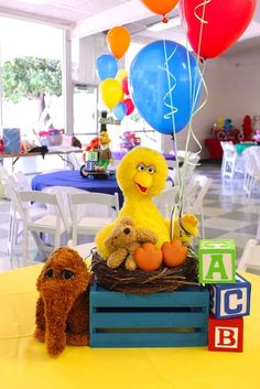 Fun centerpiece at a Sesame Street birthday party! See more party ideas at CatchMyParty.com! Elmo Centerpieces, Centerpiece Ideas, Sesame Street Centerpiece, Seasame Street Party, Elmo Sesame Street, Elmo Party, Sesame Street Birthday Party Ideas, Elmo Birthday Party Ideas, Fiesta Party