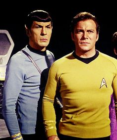 Spock and Captain Kirk - Star Trek Star Trek 1966, Star Trek Tv, Star Trek Movies, Star Trek Voyager, Star Wars, Shoulder To Waist Ratio, Science Fiction, Star Trek Party, Star Trek Quotes