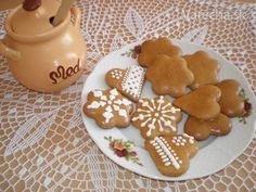 Bezlepkové medovníčky (Slovak gluten free Honey gingerbread cookies) Gluten Free Desserts, Gluten Free Recipes, Gingerbread Cookies, Cravings, 3 D, Free Food, Dishes, Baking, Gourmet