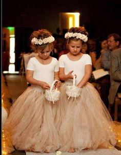 White Ivory Lace Flower Girl Dresses 2017 Tank Long Girls First Communion Dress Pagaent Dress vestidos primera comunion 2016 from Reliable dresses plus size girls suppliers on Bright Li Wedding Dress Wedding dresses - Fashiondivaly Wedding Suits, Wedding Attire, Wedding Dresses, Wedding Entourage, Annais Bridal, Dream Wedding, Wedding Day, Wedding Season, Gold Wedding