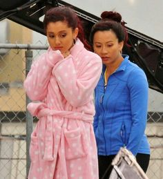 """Photo of Ariana Grande on the set of """"Swindle"""" in Vancouver Ariana Grande Cat, Ariana Grande Photos, Pitch, Victorious, Vancouver, Amanda, Women, Ariana Grande Pics, Woman"""