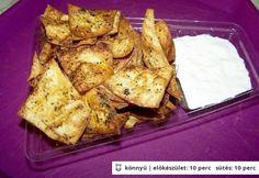 Házi nachos tejfölös mártogatóssal Tex Mex, Nachos, Sauce Recipes, Spice Things Up, French Toast, Spices, Chips, Chicken, Meat