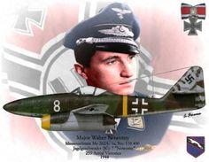 Walter Nowotny voló sobre 442 misiones en el logro de 258 victorias.  Registró 255 de sus victorias sobre el frente del Este.  De sus tres victorias grabadas sobre el frente occidental, 2 eran bombarderos de cuatro motores y los 3 victorias fueron ganadas durante el vuelo el Me 262 jet de combate .: