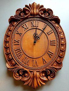 Patrik1970 / Drevorezba Nástenné hodiny Antique Metal Signs, Wooden Signs, Door Gate Design, Wall Watch, Hide Wires, Porch Entry, Gallery Frames, Pottery Techniques, Wood Clocks