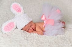 Fuzzy Piggy Set Crochet Baby Girl Hat and by BabiesBugsAndBees