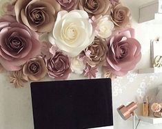 Paper Flowers Wall Decoration - Large Paper Flowers - Paper Flower Wall Decor - Paper Wall Flowers - Nursery Paper Flowers