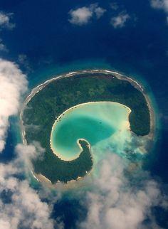 Noonu atoll Eriyadhoo, Maldives by huseyna.