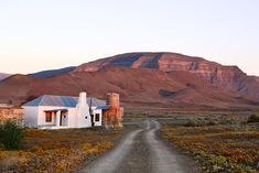 We rounded up some off-the-grid park stays where your impact on Mother Nature is minimal. These places are far removed and peaceful Road Painting, Building Painting, Augrabies Falls, Pioneer House, South Afrika, Going Off The Grid, Old Farm Houses, Art Pictures, Landscape Paintings