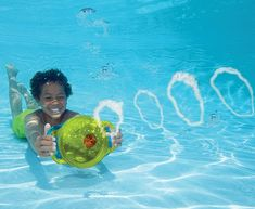 Time for an underwater battle of bubbles! The Bubble Ring Blaster produces high-velocity bubbles when the handles are squeezed while it is submerged. A fun and safe way to play in the pool, for kids and adults. Recommended age: 2+ Please allow 1-2 weeks for delivery.