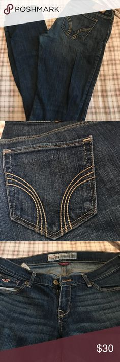 Hollister stretch jeans!! Hollister stretch jeans 5R, great condition! Hollister Jeans