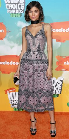 Zendaya hit the Nickelodeon's 2016 Kids' Choice Awards in a printed corseted Ulyana Sergeenko number, complete with a black choker and embellished sandals.