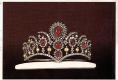 The royal ruby tiara, displayed at The Treasury of National Jewels of Iran, made by Leon Abedian