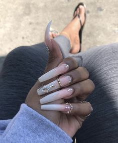 Acrylic nails, pretty nail designs, cute nails, pretty nails, my nails Drip Nails, Aycrlic Nails, Glam Nails, Bling Nails, Stiletto Nails, Beauty Nails, Colored Acrylic Nails, Bling Acrylic Nails, Best Acrylic Nails