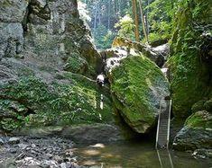 Dudar és Bakonyoszlop között található Ördög-árok 1 Day Trip, Short Trip, Budapest Hungary, Holiday Destinations, Holiday Travel, Grand Canyon, Places To Go, Waterfall, Beautiful Places