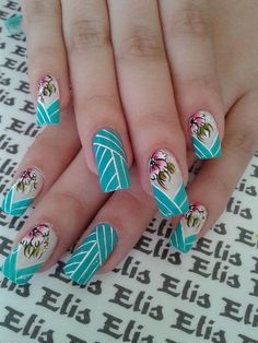 Blue and white nail design - without the flowers Crazy Nail Art, Crazy Nails, Fancy Nails, Cool Nail Art, Pretty Nails, Gel Uv Nails, Aycrlic Nails, Pink Nails, Nails Only