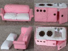 Felt dollhouse, kitchen and sofa