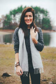 Classy Girls Wear Pearls: Boyfriends Sweater