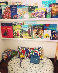 #toddler bookshelf
