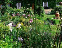 jardin d'entéoulet  http://cdn.c.photoshelter.com/img-get/I00001qOlAy3ViAk/s/600/600/193651.jpg