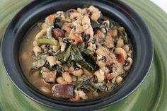 Hoppin' John Soup Slow Cooker Recipe -  I LOVE Hoppin' John and I love it even…
