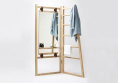 Wood, leather straps and a mirror make Le Valet.   MOCO LOCO