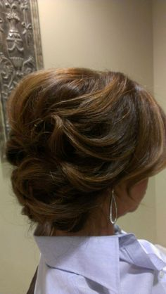 Bridal updo! Prom season hair