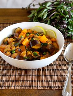 Thai Eggplant Curry: One of my all-time favorite dishes. Great recipe but needs a bit more heat. Thai basil a must! Curry Recipes, Asian Recipes, Vegetarian Recipes, Healthy Recipes, Ethnic Recipes, Thai Eggplant, Pork Curry, Eggplant Recipes, Soups And Stews