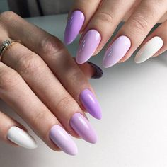 The advantage of the gel is that it allows you to enjoy your French manicure for a long time. There are four different ways to make a French manicure on gel nails. Summer Acrylic Nails, Best Acrylic Nails, Elegant Nails, Stylish Nails, Manicure E Pedicure, Fire Nails, Nagel Gel, Dream Nails, Purple Nails
