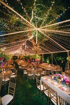 Das kombiniert mit transparenten Dach wedding tent Colorful Outdoor Wedding with Supper Club Theme in Los Angeles - Inside Weddings Outdoor Tent Wedding, Wedding Reception Lighting, Outdoor Events, Outdoor Weddings, Reception Table, Reception Ideas, Cowboy Weddings, Garden Weddings, Country Weddings