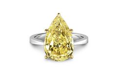 Pear Shaped Fancy Yellow Forevermark Diamond Ring worn by Margot Robbie to the 88th Annual Academy Awards.