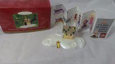 2000 Hallmark A Snoopy Christmas Ornament Woodstock On Doghouse Display Base  | eBay