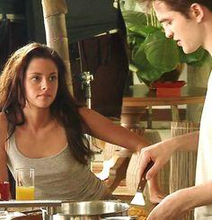 Behind the scenes of Breaking Dawn 1 Twilight 2008, Twilight Saga Series, Twilight Breaking Dawn, Twilight Movie, Vampire Twilight, Bella Swan, Taylor Lautner, Robert Pattinson, Kristen Stewart