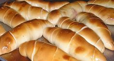Ham wrapped in bread. Croissants, Venezuelan Food, Venezuelan Recipes, Healthy Recepies, Eat This, Pan Bread, Latin Food, Muffins, Cupcakes