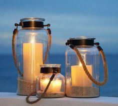 décoration de jardin en lanternes-bocaux remplis de sable