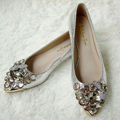wedding flats, perfect little sparkle to peek out from under my dress Beaded Shoes, Rhinestone Shoes, Crazy Shoes, Me Too Shoes, Wedding Flats, Leather Shoes, Leather Case, Soft Leather, Pointed Toe Flats