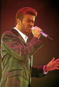 George Michael - Wembley 1st December 1993 - one of his best performances ever - I was there!