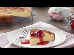 Pastel de queso y leche condensada - Postres La lechera - YouTube Un Cake, Hand Pies, Flan, Sin Gluten, Cheesecakes, Waffles, French Toast, Food And Drink, Pudding