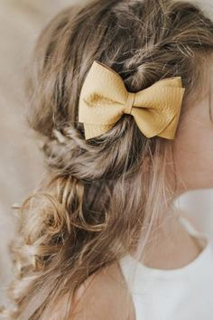 genuine leather hair bows + accesories – fourth+pierce Little Girl Hairstyles, Vintage Hairstyles, Girl Hair Dos, Hair Inspiration, Hair Inspo, Hair Locks, Toddler Hair, Little Girl Outfits, Baby Bows