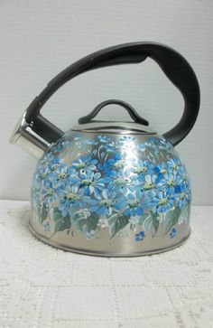 Tea Kettle, Stainless Steel Teakettle, Chantal 2 Quart, Hand Painted, Scandinavian Folk Art, Blue Daisy Garden.