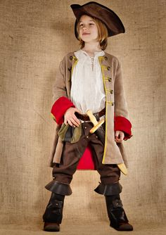 77144f2c2c3e8 Costumes Garçons - Jack pirate du 17eme siècle Deguisement Pirate