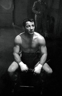 Rocky Graziano middleweight champion boxer portrait taken by director Stanley Kubrick in 1947