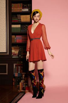 Just leave the boots here and no one will get hurt. Alice-Olivia-Pre-Fall-2016-Collection-Fashion-Tom-Lorenzo-Site (5)