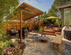 aménagement jardin tabouret en bambou dans le coin détente
