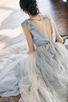 Glamor A-Line Prom Dresses V-Neck Tulle evening dress beading formal gowns cheap backless party dress hot Blue Wedding Dresses, A Line Prom Dresses, Tulle Prom Dress, Trendy Dresses, Women's Fashion Dresses, Nice Dresses, Bridesmaid Dresses, Dress Wedding, Elegant Dresses