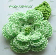 Discussion on LiveInternet - Russian Online Diary Service Crochet Flower Tutorial, Crochet Flowers, Knitting Paterns, Crochet Patterns, Crochet Crafts, Knit Crochet, Crochet Bracelet, Crochet Animals, Flower Designs