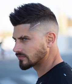 Faux Hawk Fade - Best Men's Hairstyles: Cool Haircuts For Men. Most Popular Short, Medium and Long Hairstyles For Guys Mens Hairstyles With Beard, Cool Mens Haircuts, Popular Haircuts, Hairstyles Haircuts, Cool Hairstyles, Fade Haircut For Men, Guy Haircuts, Asian Hairstyles, Beard Styles For Men